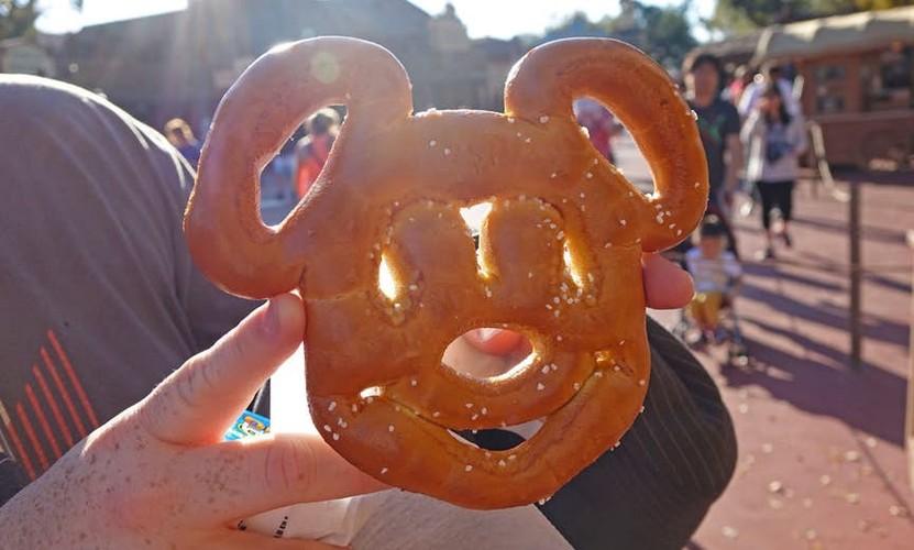 Mon an co 1-0-2 chi co the thuong thuc o Disneyland-Hinh-4