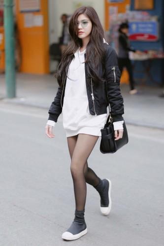 Hot girl An Japan lai bi nham lan voi Tran Vu Quynh Anh-Hinh-6