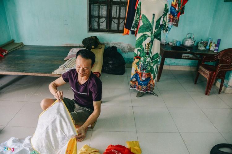 Anh: Trach Xa - noi dang nam nhi sinh ra de may ao dai-Hinh-2