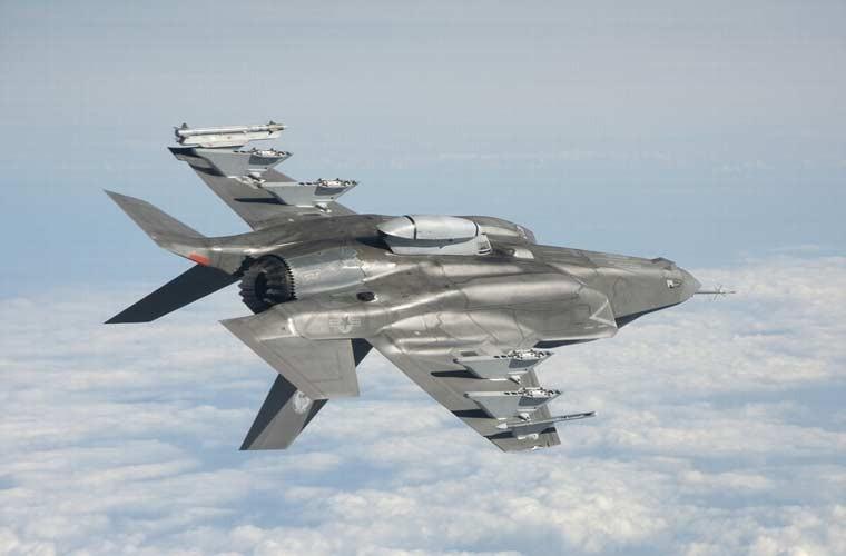 Chung kien kho vu khi cua tiem kich tang hinh F-35-Hinh-6