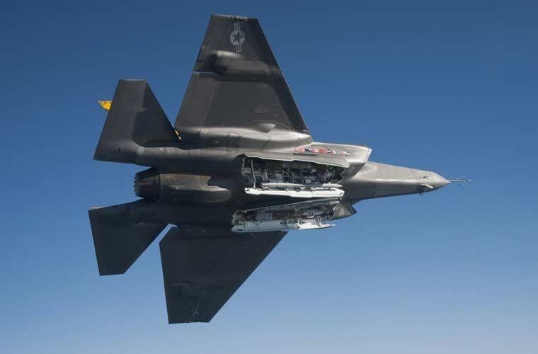 Chung kien kho vu khi cua tiem kich tang hinh F-35-Hinh-7
