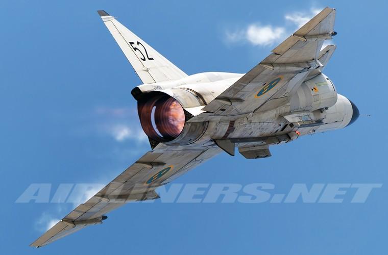 Tan mat tiem kich suyt ban roi duoc sieu co SR-71 My-Hinh-5
