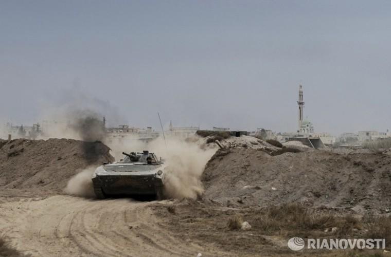 Bi tan pha khung khiep, Khong quan Syria van kien cuong-Hinh-11