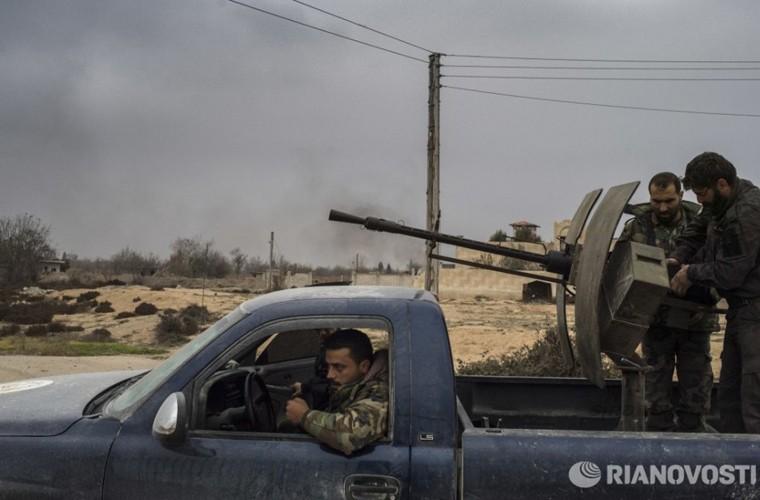 Bi tan pha khung khiep, Khong quan Syria van kien cuong-Hinh-12