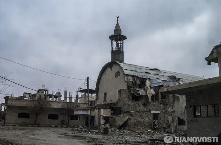 Bi tan pha khung khiep, Khong quan Syria van kien cuong-Hinh-13