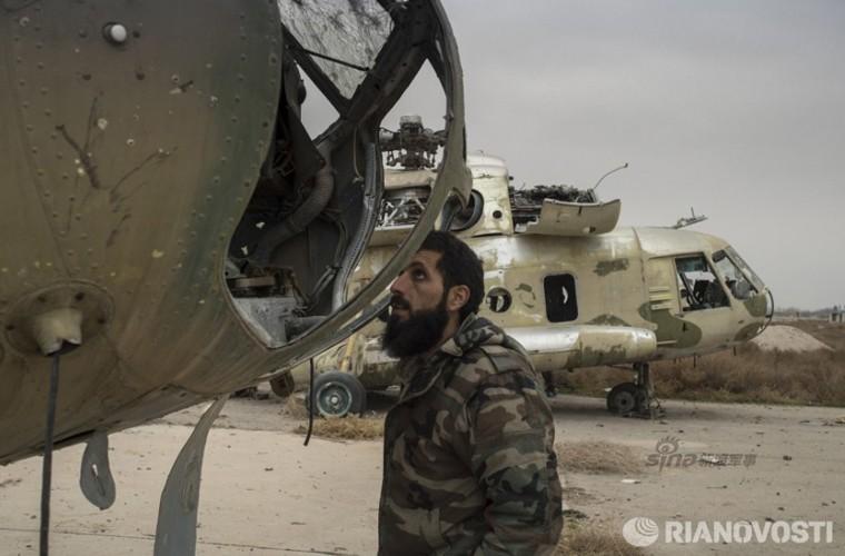 Bi tan pha khung khiep, Khong quan Syria van kien cuong-Hinh-15