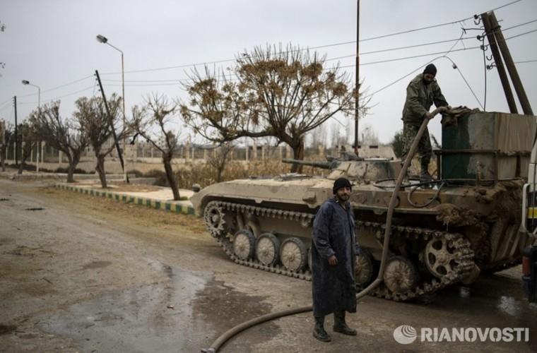 Bi tan pha khung khiep, Khong quan Syria van kien cuong-Hinh-7