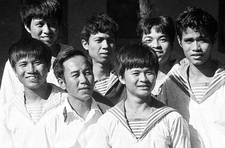 Anh hiem chiec tau anh hung trong tran chien Gac Ma 1988-Hinh-4