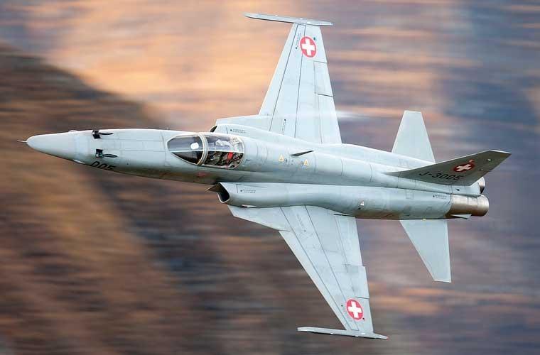Kinh ngac chien loi pham F-5E ta thu duoc nam 1975-Hinh-4