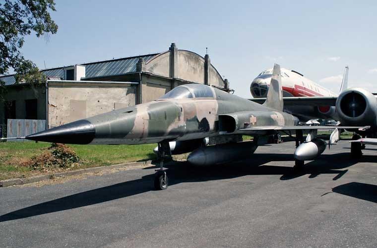 Kinh ngac chien loi pham F-5E ta thu duoc nam 1975-Hinh-8