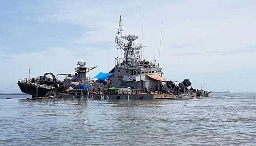 "Tau san ngam Indonesia suyt chim sau khi dam ""vat the la"""