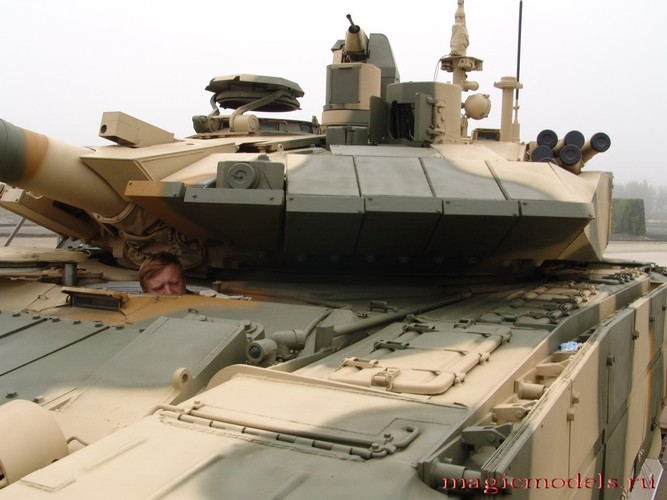 Muc kich xe tang T-90MS thu nghiem o quoc gia bi an-Hinh-8