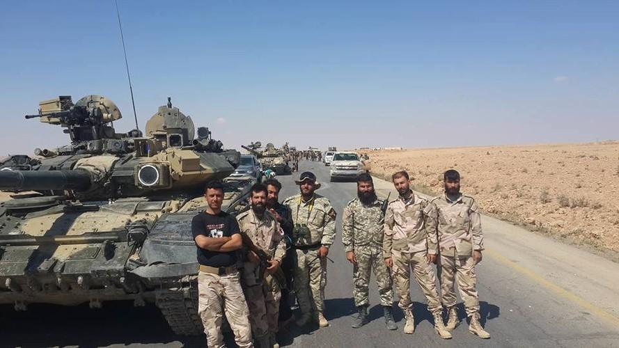 Phan tham xe tang tot nhat the gioi cua Nga o Syria-Hinh-11