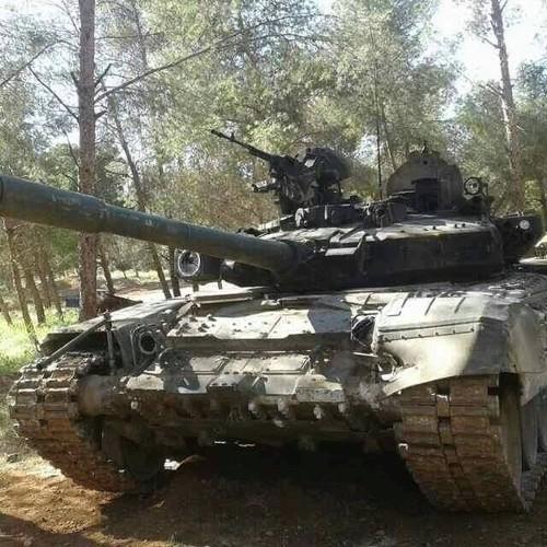 Phan tham xe tang tot nhat the gioi cua Nga o Syria-Hinh-6