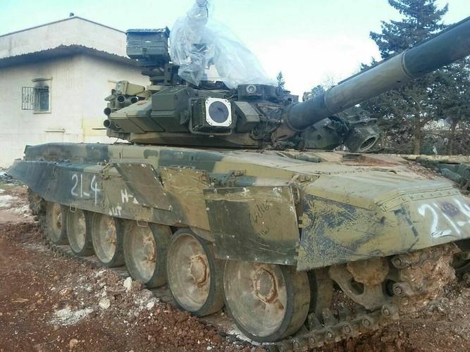 Phan tham xe tang tot nhat the gioi cua Nga o Syria-Hinh-7
