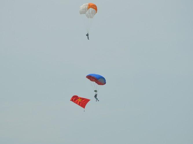 """Muc kich """"linh du"""" Viet Nam do bo duong khong-Hinh-7"""