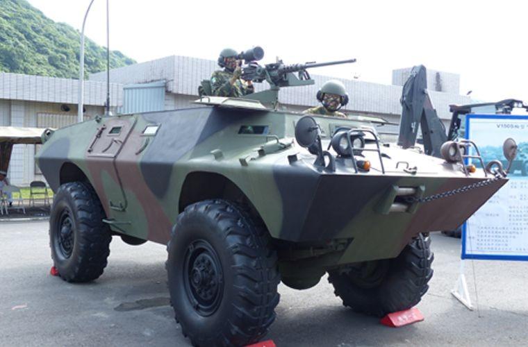 Soi loat xe tang-thiet giap My Viet Nam dang su dung (2)-Hinh-3