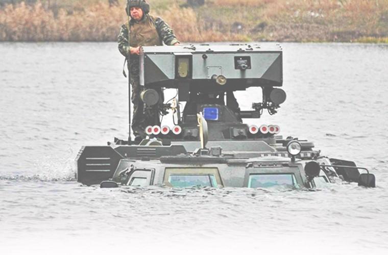 """BTR-4E/M Ukraine se """"lam co"""" BTR-82A Nga neu doi dau?-Hinh-12"""