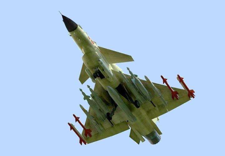 Tiem kich J-10 Trung Quoc bi…chim tan cong, phat no-Hinh-10