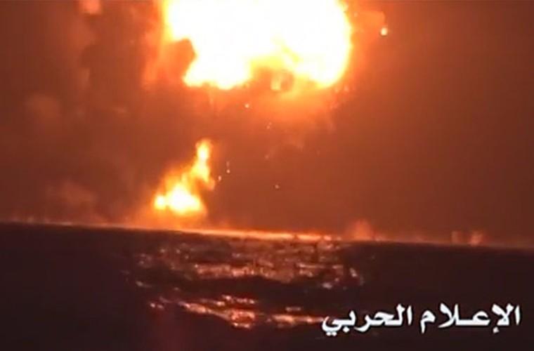 Toan canh vu phien quan Houthi oanh tac tau chien UAE-Hinh-8