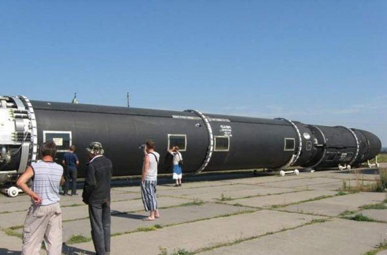 Kinh hoang: Ten lua dan dao Sarmat Nga ban xa 17.000km-Hinh-2