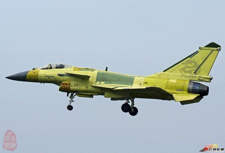 Bi an phien ban tiem kich J-10C cua Trung Quoc-Hinh-3