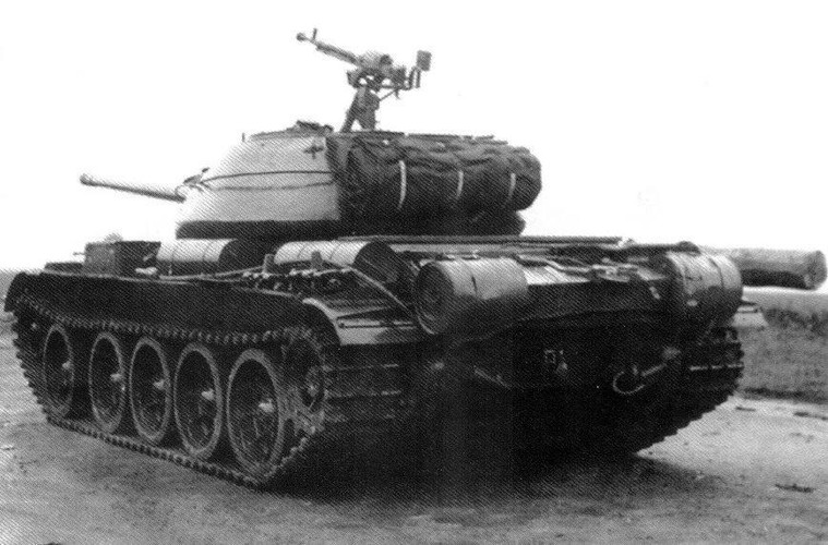 Loat anh hiem thu nghiem phien ban T-54 dau tien-Hinh-2