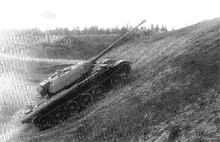Loat anh hiem thu nghiem phien ban T-54 dau tien-Hinh-7