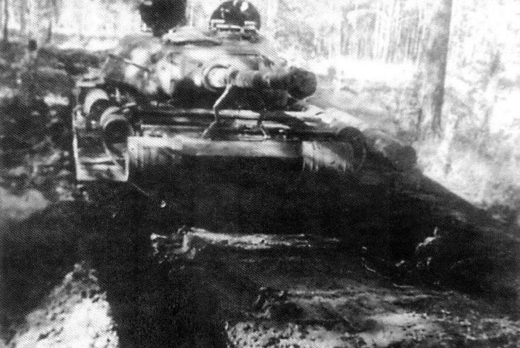 Loat anh hiem thu nghiem phien ban T-54 dau tien-Hinh-8