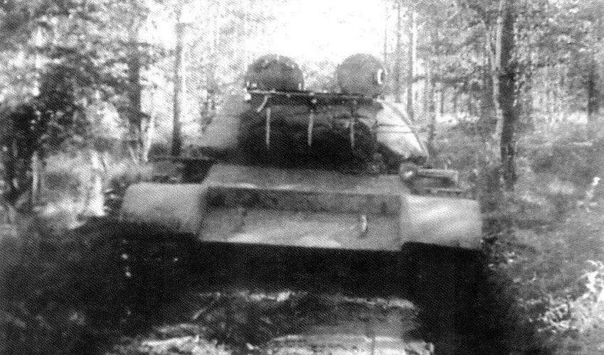 Loat anh hiem thu nghiem phien ban T-54 dau tien-Hinh-9