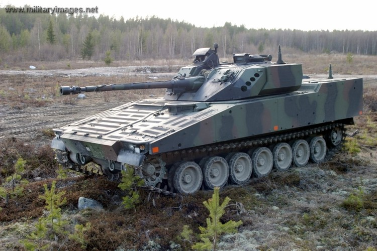"Nhan dien xe boc thep toi tan NATO ""ap sat"" Nga-Hinh-4"