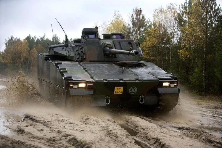 "Nhan dien xe boc thep toi tan NATO ""ap sat"" Nga-Hinh-6"