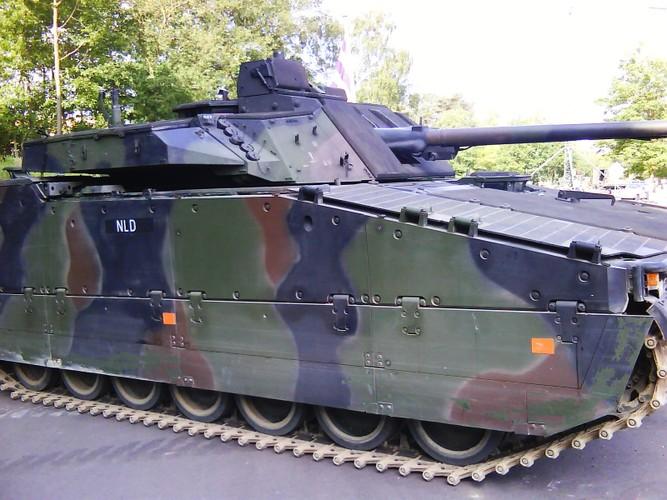 "Nhan dien xe boc thep toi tan NATO ""ap sat"" Nga-Hinh-7"
