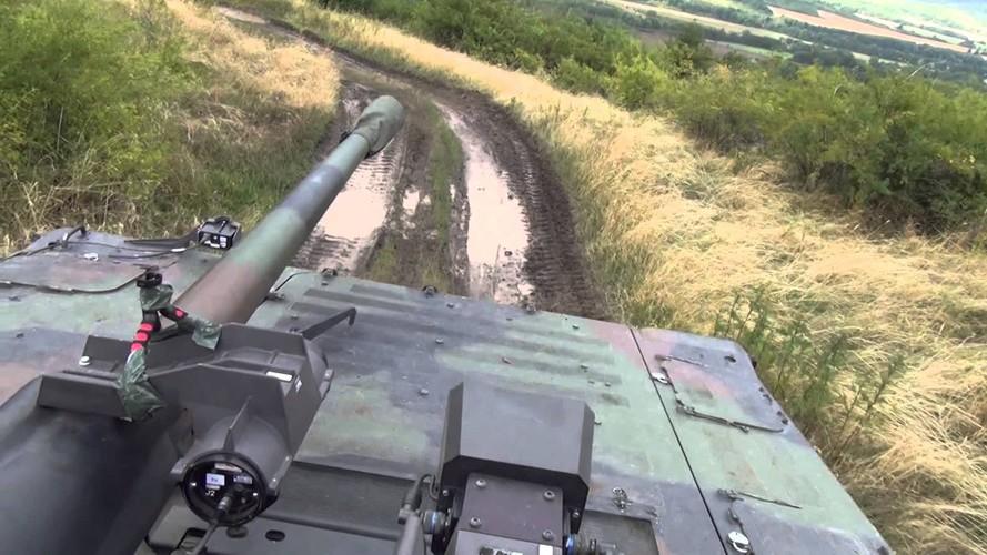 "Nhan dien xe boc thep toi tan NATO ""ap sat"" Nga-Hinh-8"
