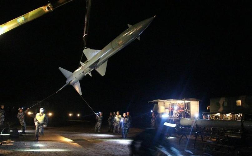 Ngac nhien: Trung Quoc van con dung ten lua phong khong SA-2-Hinh-6