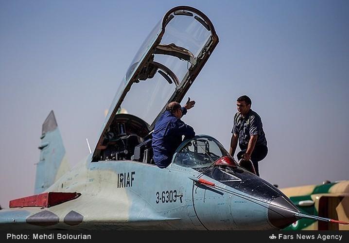 Kinh ngac canh Khong quan Iran trien khai tap tran lon-Hinh-15