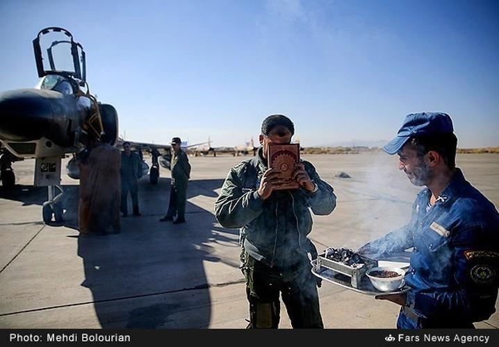 Kinh ngac canh Khong quan Iran trien khai tap tran lon-Hinh-5