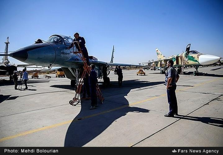 Kinh ngac canh Khong quan Iran trien khai tap tran lon-Hinh-8