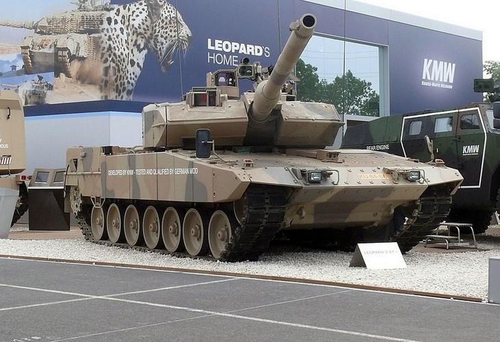 Sieu tang Duc Leopard 2A7+ lan dau tien toi dat Trung Dong-Hinh-2