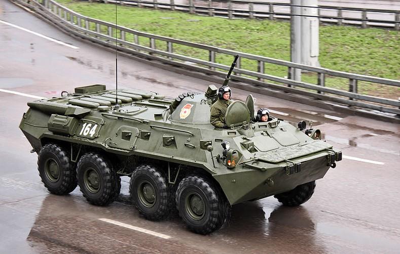 "Tram tro phien ban ""taxi"" BTR-80 do Trieu Tien tu san xuat-Hinh-3"