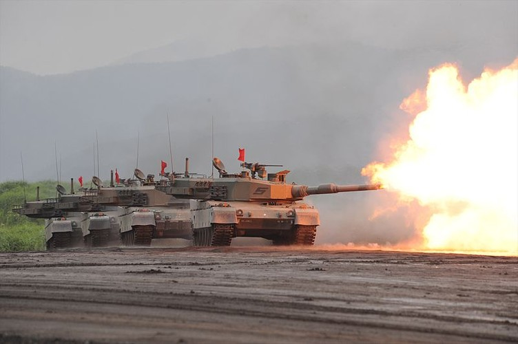 "Tiet lo ""soc"" nguon goc sieu tang Type 90 cua Nhat Ban"