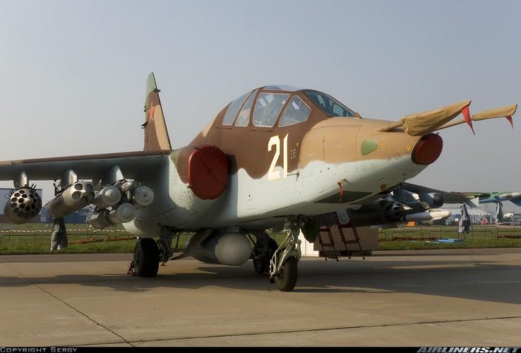 Tuong tan so may bay Su-25 moi duoc tang cuong den Syria-Hinh-10