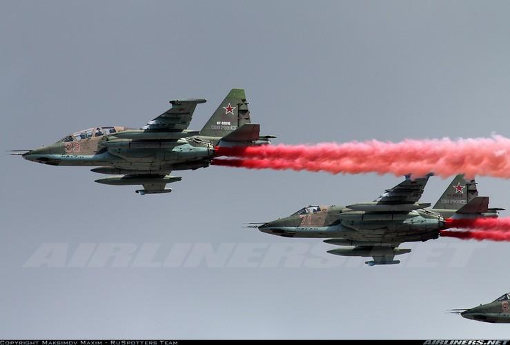 Tuong tan so may bay Su-25 moi duoc tang cuong den Syria-Hinh-11