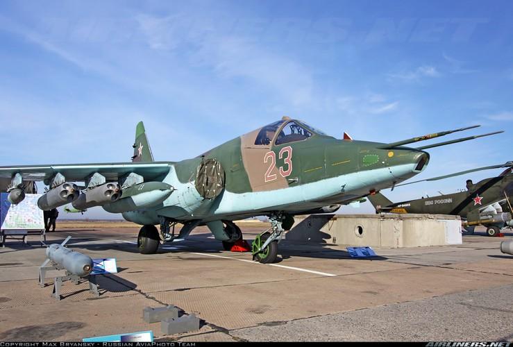 Tuong tan so may bay Su-25 moi duoc tang cuong den Syria-Hinh-5