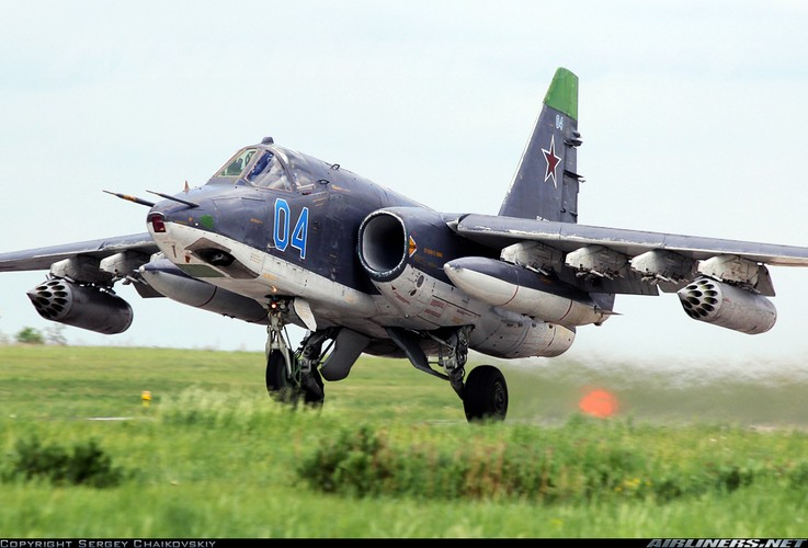 Tuong tan so may bay Su-25 moi duoc tang cuong den Syria-Hinh-6