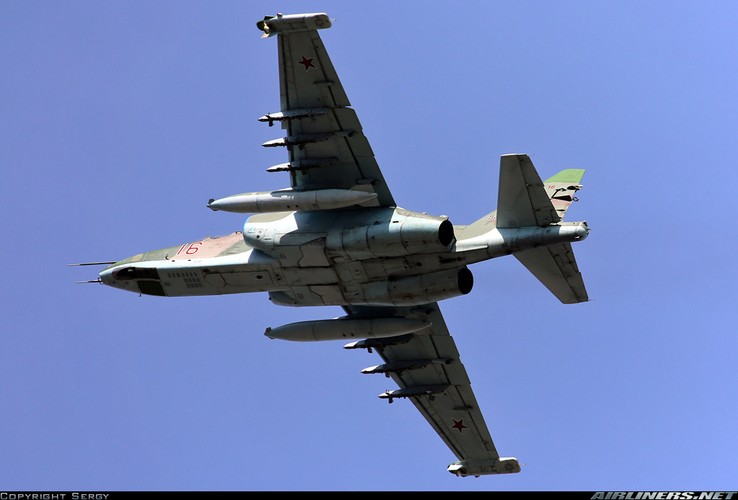Tuong tan so may bay Su-25 moi duoc tang cuong den Syria-Hinh-7