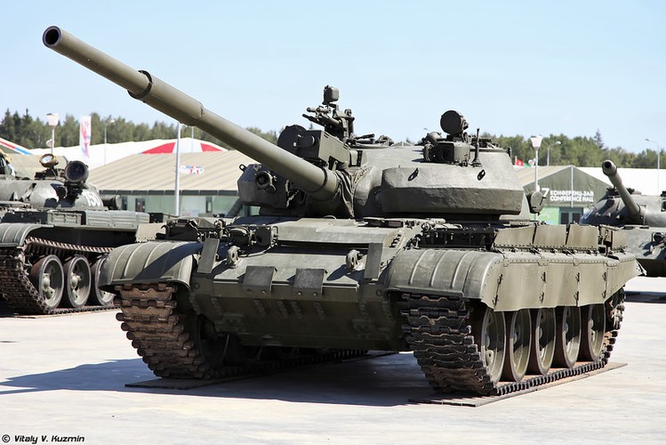 Bi an lo xe tang Nga vua chuyen giao cho Syria-Hinh-9