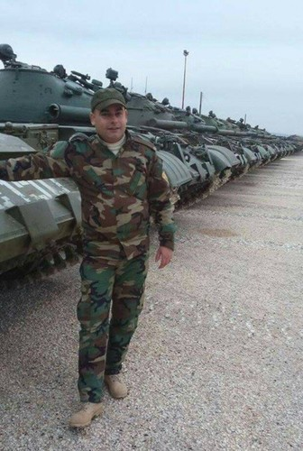 Bi an lo xe tang Nga vua chuyen giao cho Syria