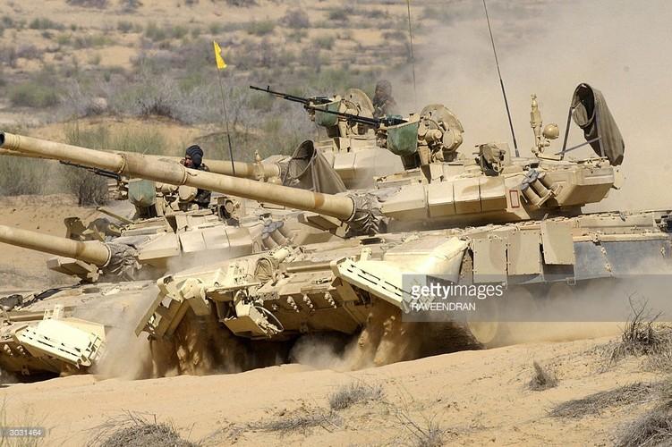 """Tiet lo """"gay soc nang"""" ve xe tang T-90 cua An Do-Hinh-10"""