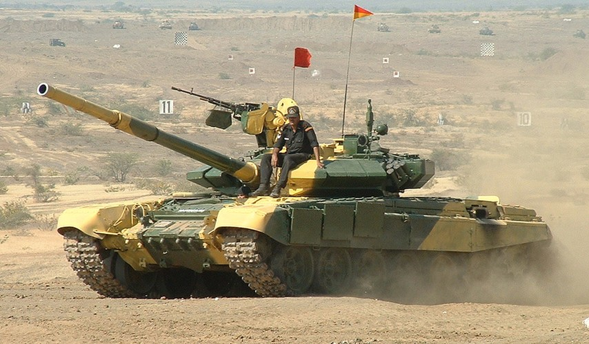 """Tiet lo """"gay soc nang"""" ve xe tang T-90 cua An Do-Hinh-2"""